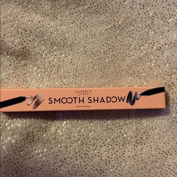 NIB Elizabeth Mott smooth shadow